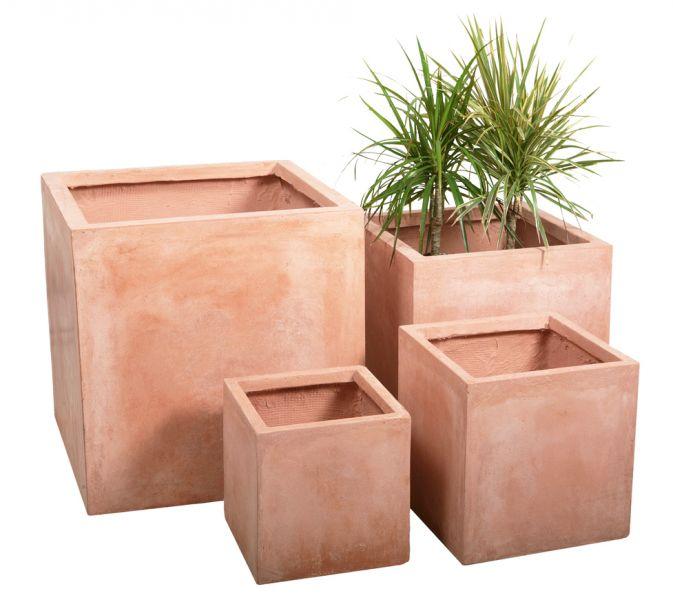 kubus plantenbak van fibrecotta met terracotta look groot h40cm x b40cm 54 99. Black Bedroom Furniture Sets. Home Design Ideas
