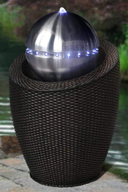 Atlanta Zwart Rotan Water Ornament met Roestvrij Stalen Bol en LED ...